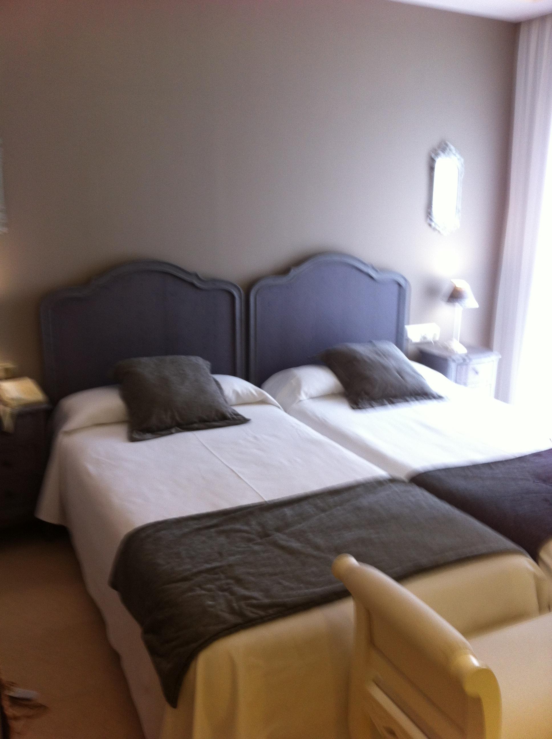 Hotel Ceferino Vilanova Muebles Almazan # Ceferino Muebles
